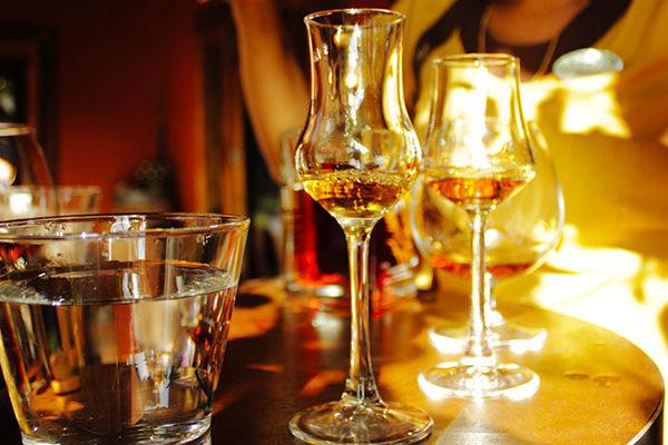 Rhum : comment choisir son verre de dégustation ?