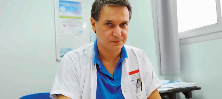 Dr. David Mété