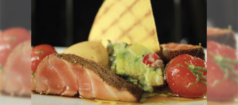 Recette à base de rhum : Saumon mi-cuit aux épices douces à la cachaça Novo Fogo Tanager